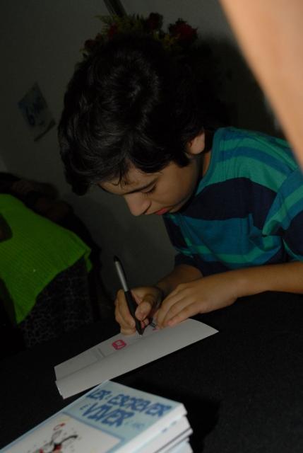 Noite de autógrafos