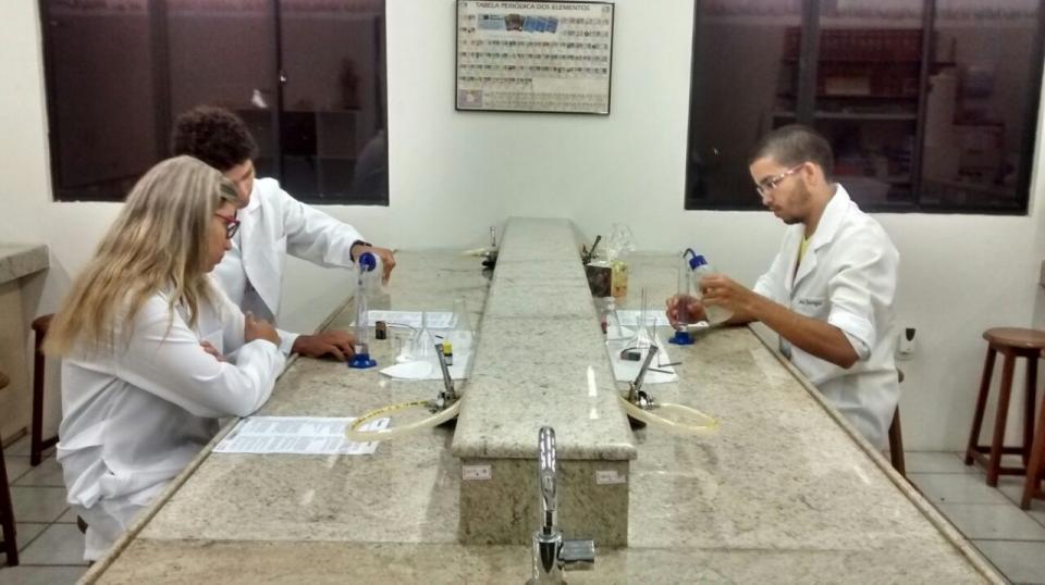 Laboratório de Química - Nave Pré-vestibular