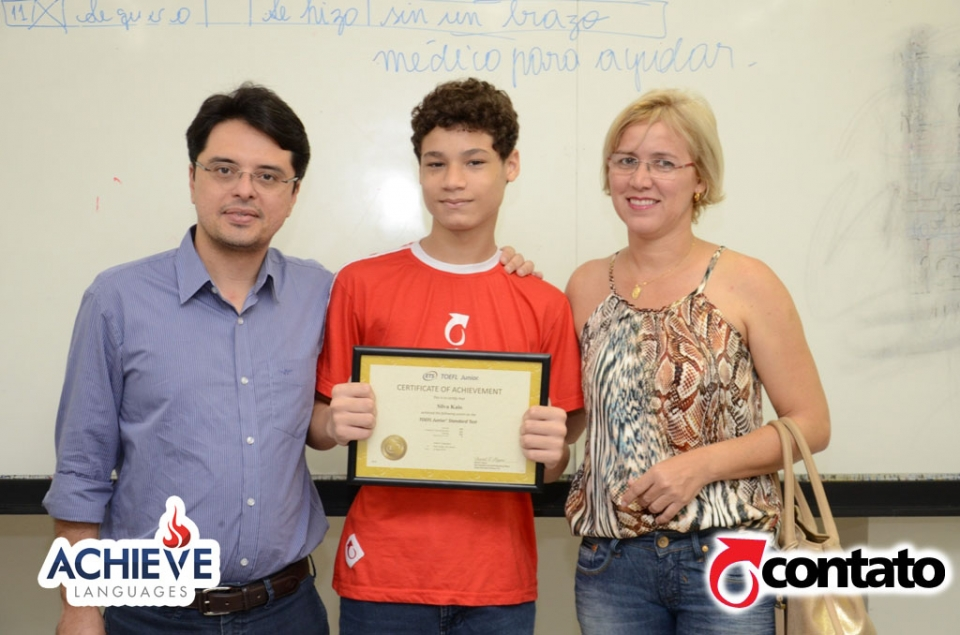Entrega do Certificate Of Achievement - TOEFL