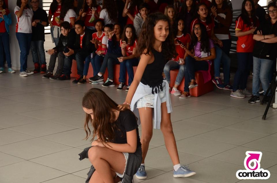 Dia internacional da dança - Contato fundamental
