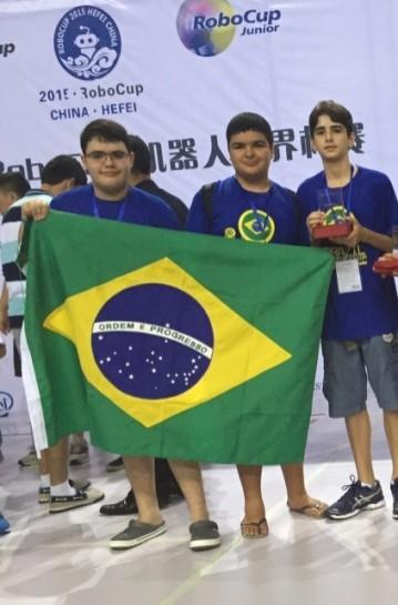 Equipe de Robótica conquista 3º lugar na RoboCup 2015 na China