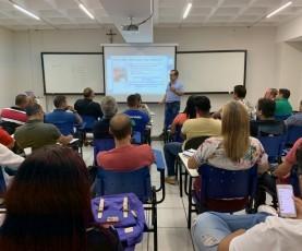 Foto de Alunos participam de debate sobre Impeachment