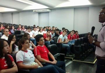 Mercado de Engenharia Civil precisa de profissionais, afirma engenheiro